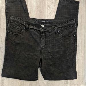2/$30 Torrid Black Grid Print Jeans 20T